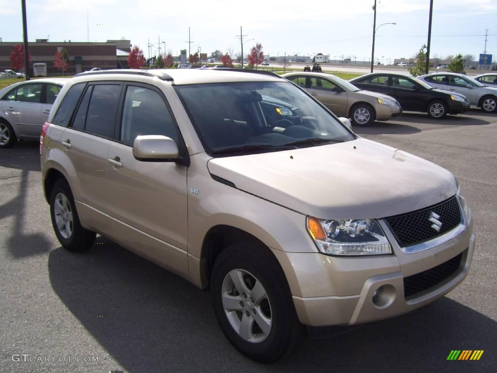 2006 clear beige metallic suzuki grand vitara xsport. Black Bedroom Furniture Sets. Home Design Ideas
