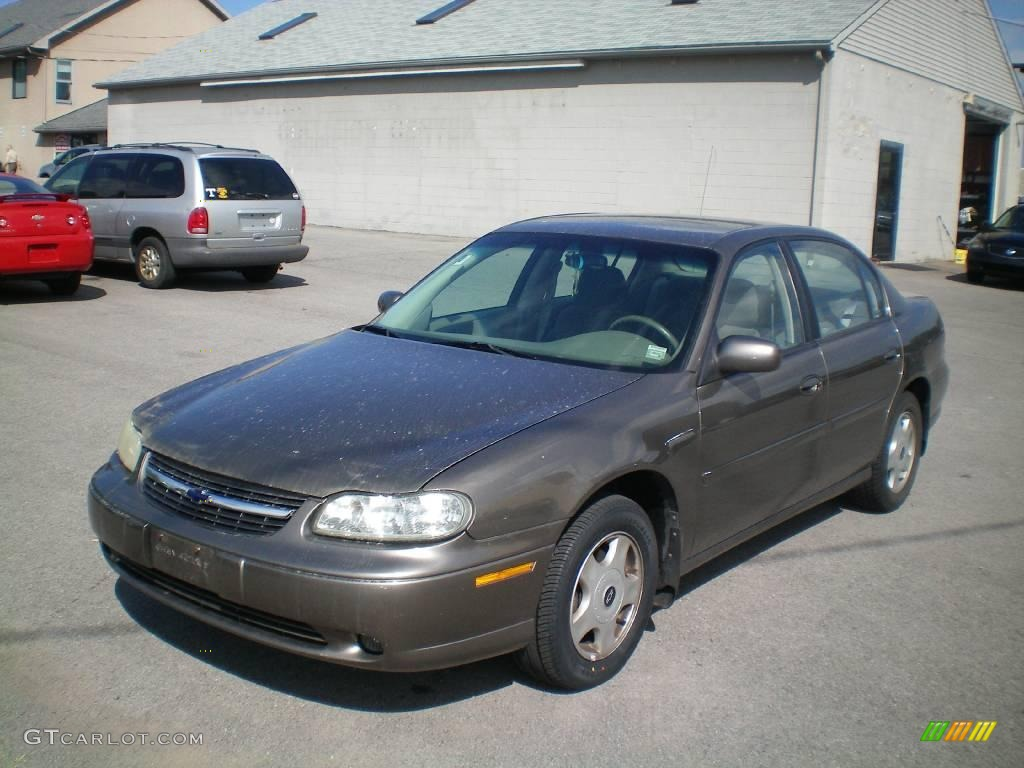 2001 medium bronzemist metallic chevrolet malibu ls sedan. Black Bedroom Furniture Sets. Home Design Ideas