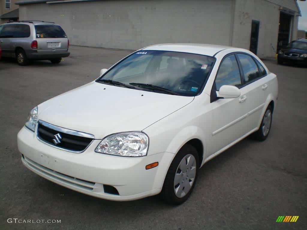 2006 Absolute White Suzuki Forenza Sedan  17956245
