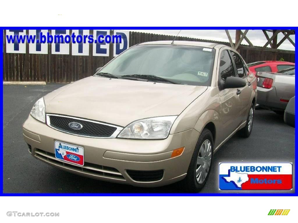 2007 pueblo gold metallic ford focus zx4 s sedan 17968867. Black Bedroom Furniture Sets. Home Design Ideas