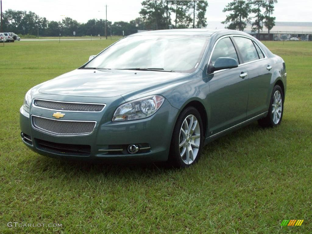 2009 silver moss metallic chevrolet malibu ltz sedan. Black Bedroom Furniture Sets. Home Design Ideas