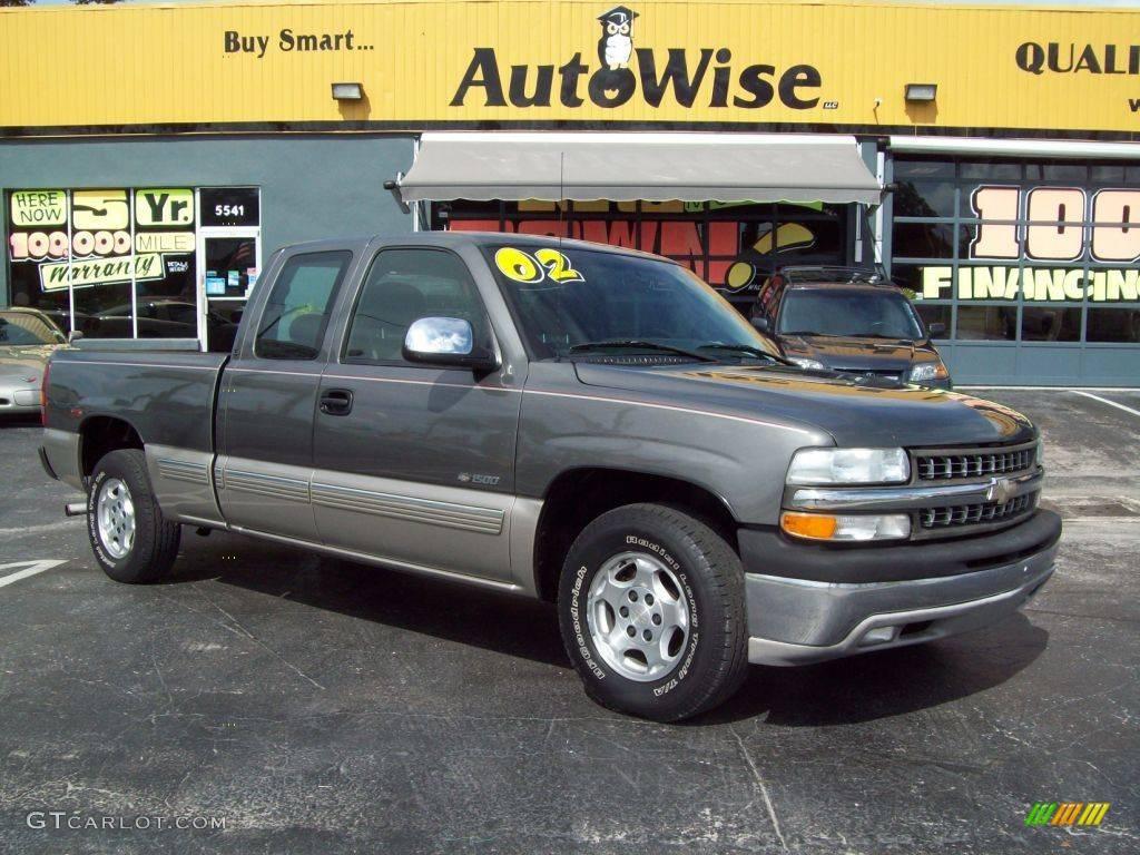 2002 Silverado 1500 LS Extended Cab - Medium Charcoal Gray Metallic / Medium Gray photo #1