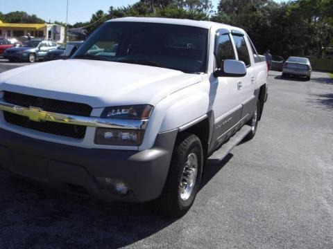 2002 chevrolet avalanche 2500 data info and specs. Black Bedroom Furniture Sets. Home Design Ideas