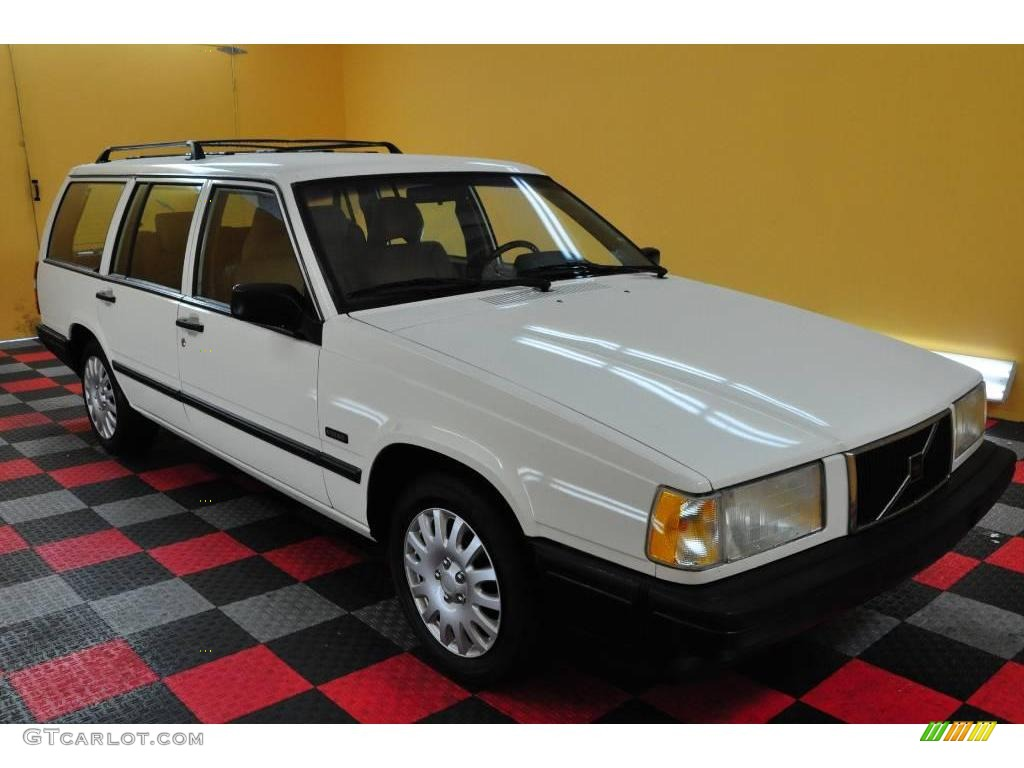 1995 white volvo 940 wagon 18299594 photo 23 car color galleries. Black Bedroom Furniture Sets. Home Design Ideas