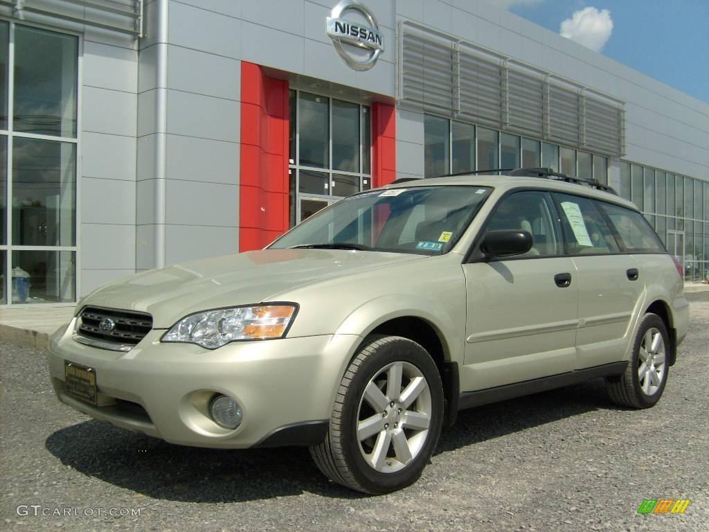 2007 Champagne Gold Opal Subaru Outback 2.5i Wagon ...