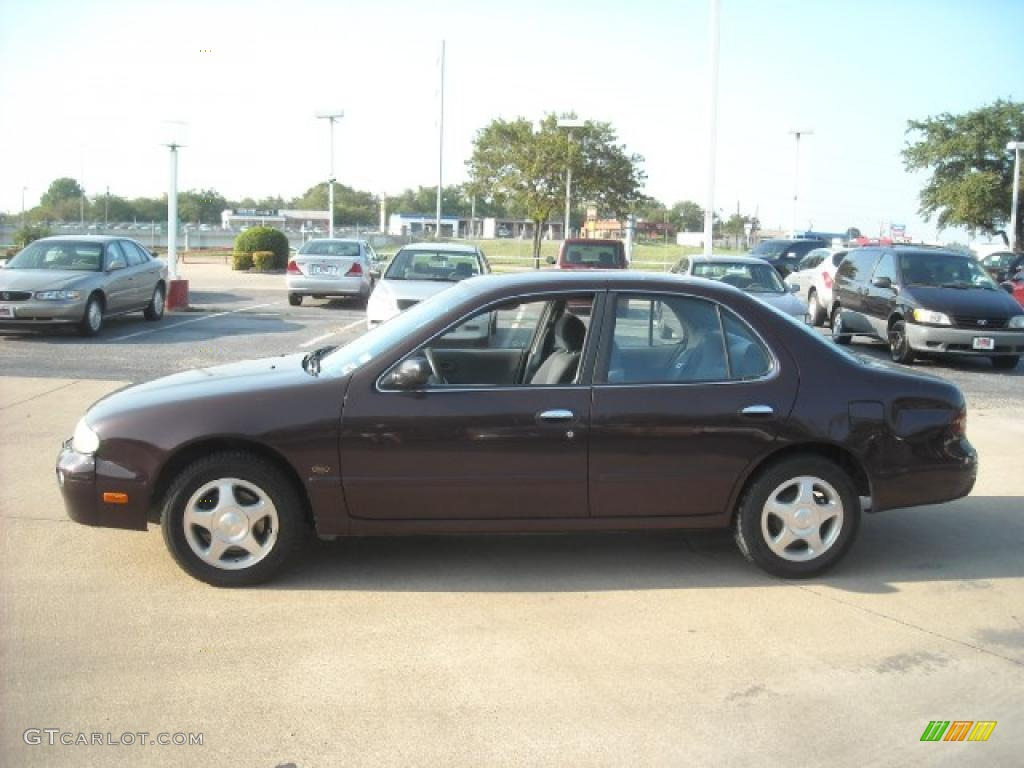 1997 Black Cherry Pearl Nissan Altima Gxe 18401129