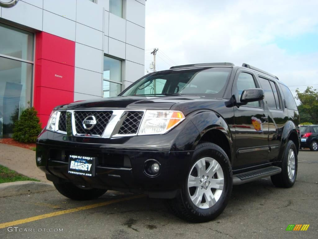 2006 super black nissan pathfinder se 4x4 18394344. Black Bedroom Furniture Sets. Home Design Ideas