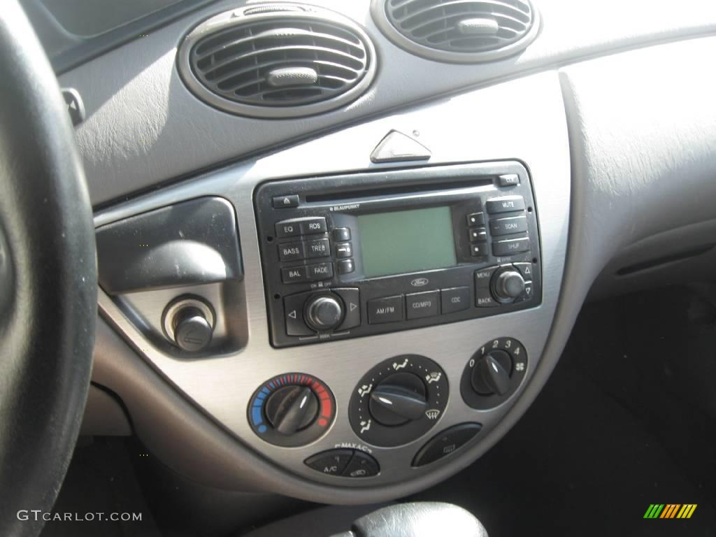Ford Focus White Inside Free Zx Hatchback Cloud Medium 2003 Zx3 Engine Diagram Graphite Photo With
