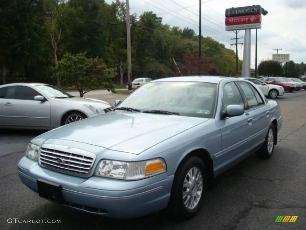 Light Ice Blue Metallic Ford Crown Victoria LX - 2003 crown victoria