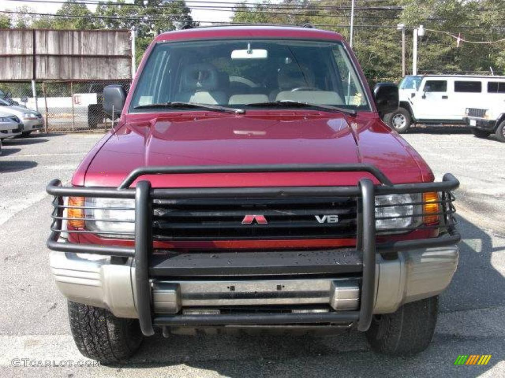 1997 Cambridge Red Pearl Metallic Mitsubishi Montero Sr