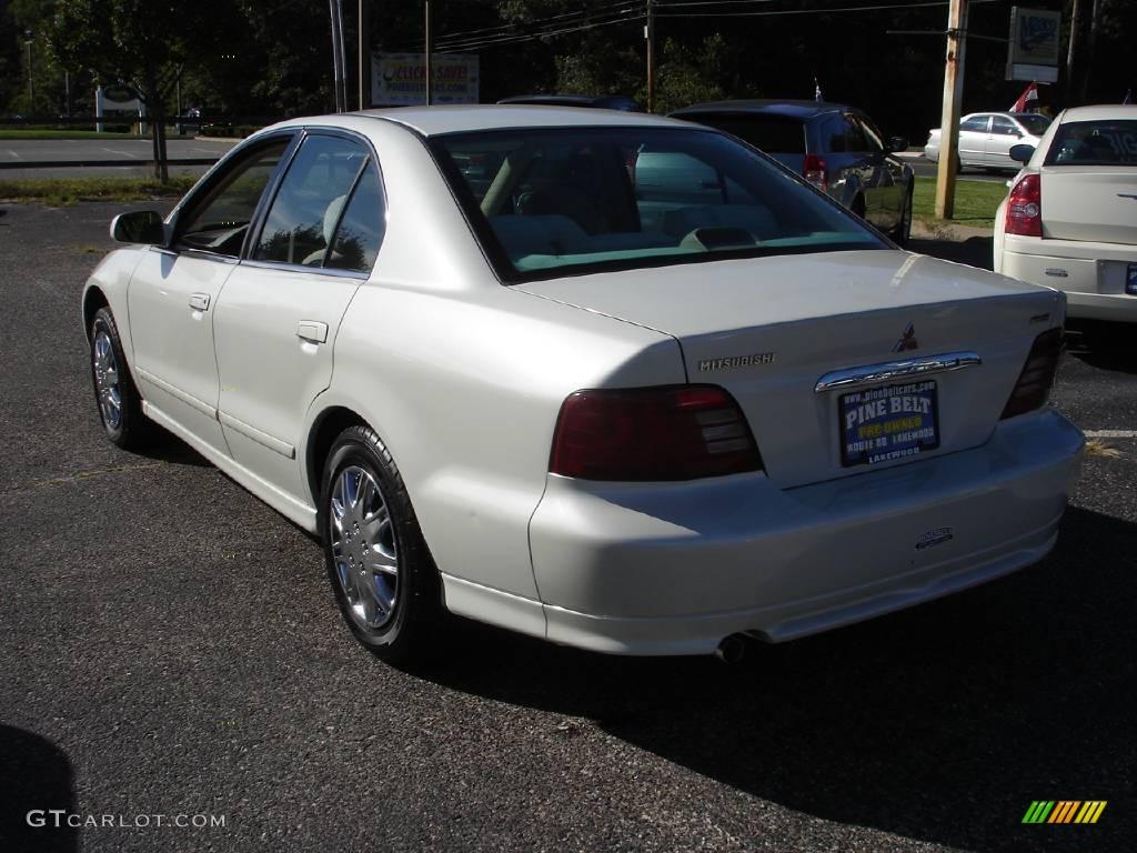 on 2005 Mitsubishi Galant White