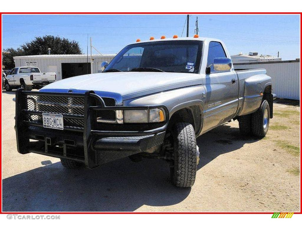 Dodge Ram 3500 2013 White Dodge Ram 3500 Laramie Regular