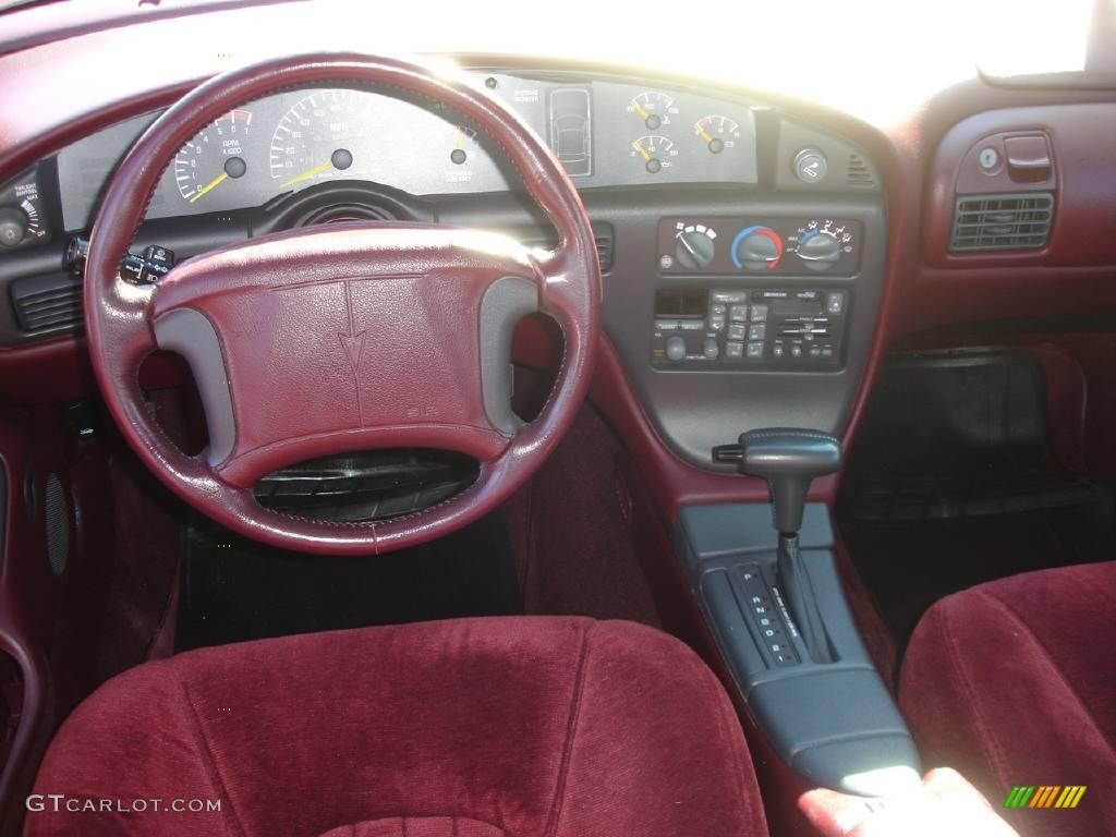 1994 Medium Red Metallic Pontiac Bonneville Se 1884617 Photo 22