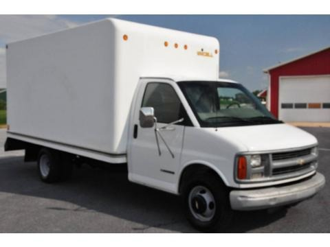 1999 Chevrolet Express Cutaway 3500 Moving Van Data, Info and Specs