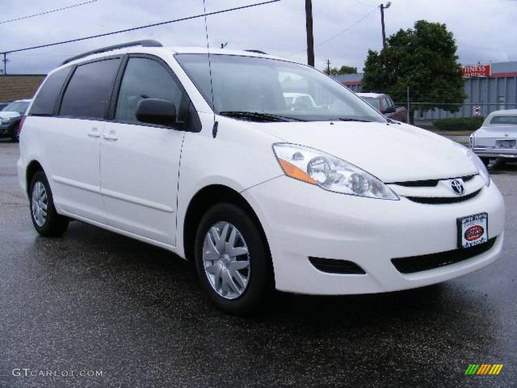 2008 arctic frost pearl toyota sienna le 18902931. Black Bedroom Furniture Sets. Home Design Ideas