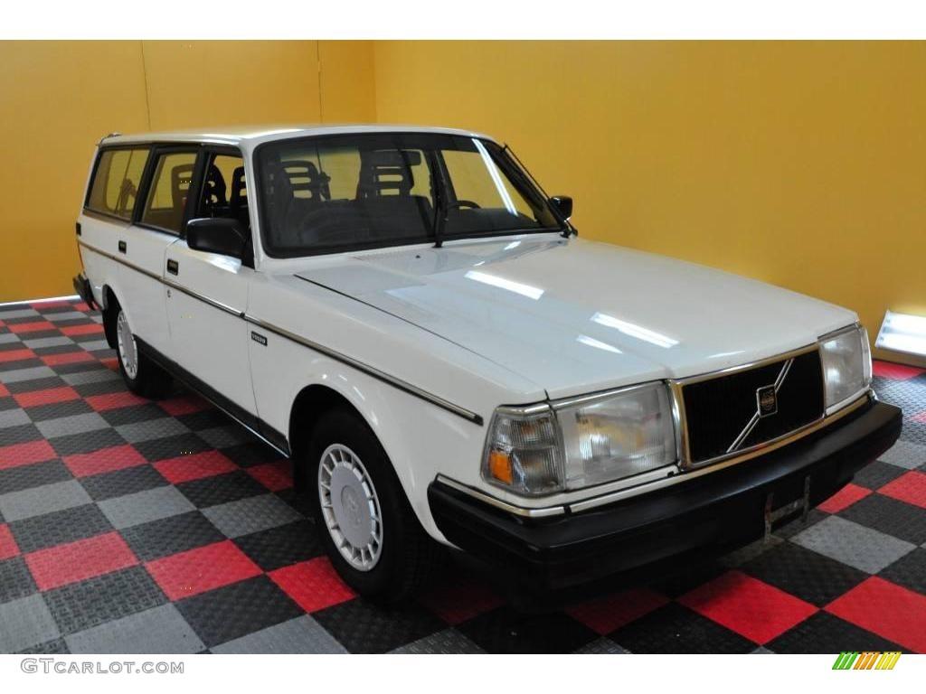1989 white volvo 240 dl wagon 19081783 car color galleries. Black Bedroom Furniture Sets. Home Design Ideas