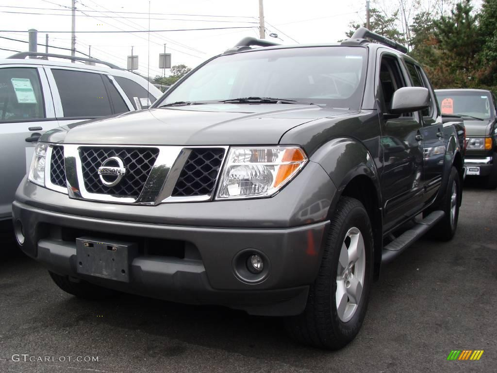 2005 storm gray metallic nissan frontier le crew cab 4x4. Black Bedroom Furniture Sets. Home Design Ideas