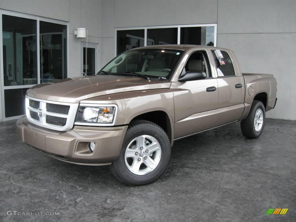 2010 austin tan pearl coat dodge dakota big horn crew cab 19069000 car color. Black Bedroom Furniture Sets. Home Design Ideas