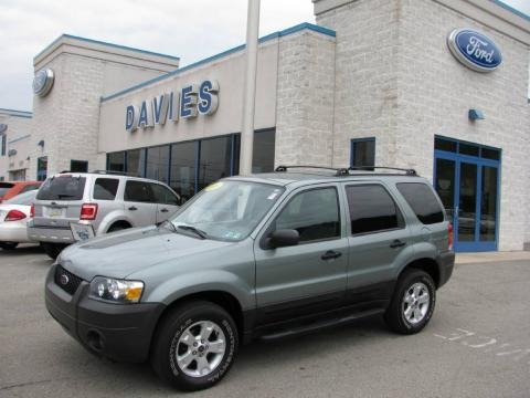 2005 Ford Escape Xlt 4wd Data Info And Specs