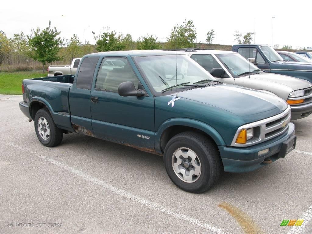 1996 emerald green metallic chevrolet s10 ls extended cab 4x4 19084600 gtcarlot com car color galleries gtcarlot com