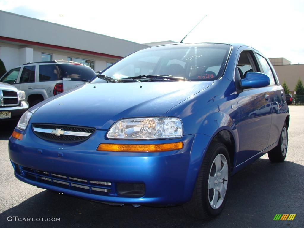2006 bright blue chevrolet aveo ls hatchback 19217982. Black Bedroom Furniture Sets. Home Design Ideas
