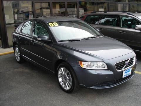 2008 Volvo S40. Metallic Volvo S40 in 2008