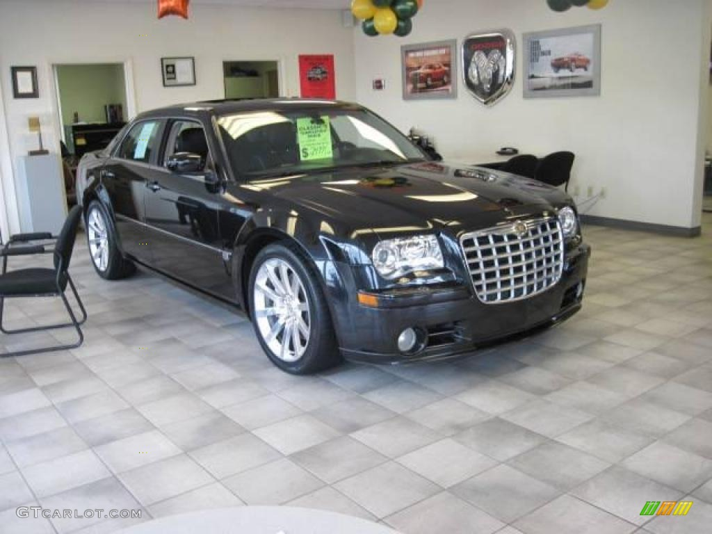 2005 300 C SRT-8 - Brilliant Black Crystal Pearl / Dark Slate Gray/Light Graystone photo #3