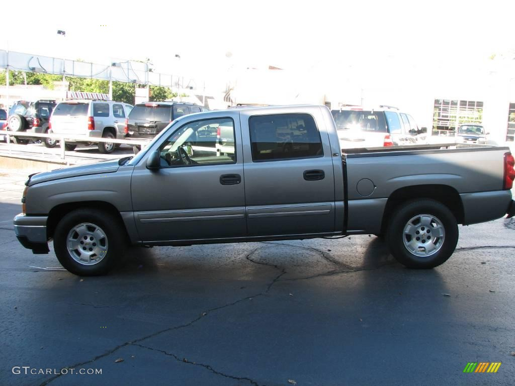 2006 Silverado 1500 LS Crew Cab - Graystone Metallic / Dark Charcoal photo #1