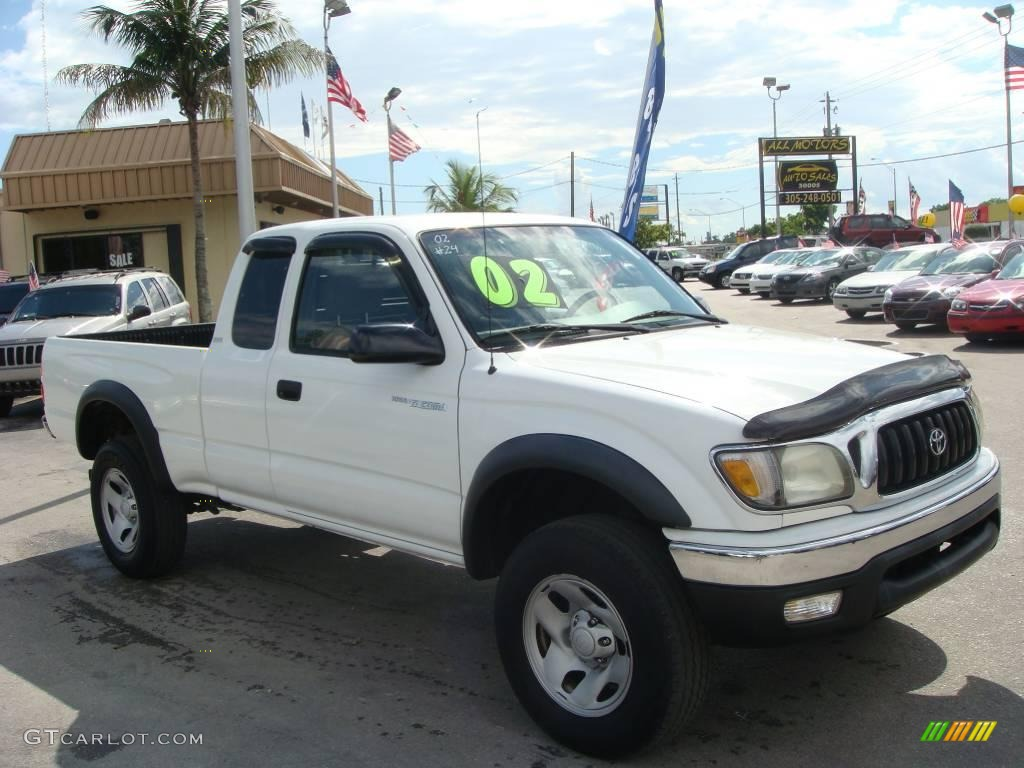 Superior 2002 Tacoma PreRunner Xtracab   Super White / Gray Photo #1