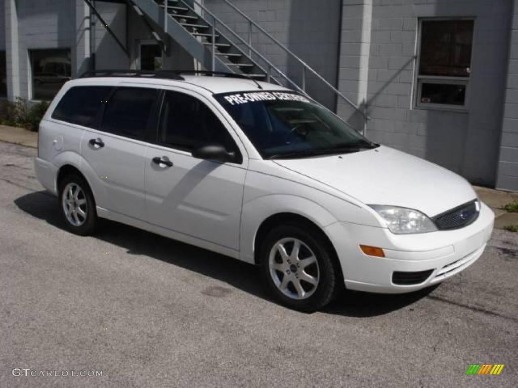 2005 cloud 9 white ford focus zxw se wagon 19372841 car color galleries. Black Bedroom Furniture Sets. Home Design Ideas