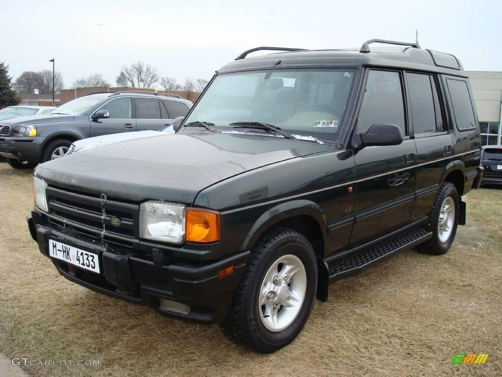 Charleston Green Metallic Land Rover Discovery Le