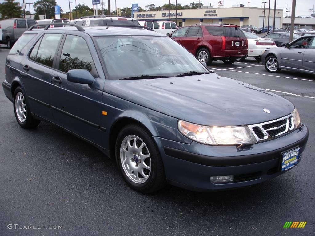 2000 saab wagon