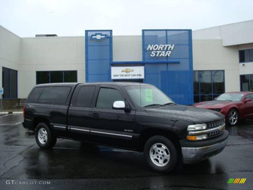 2002 Silverado 1500 LS Extended Cab - Onyx Black / Graphite Gray photo #1