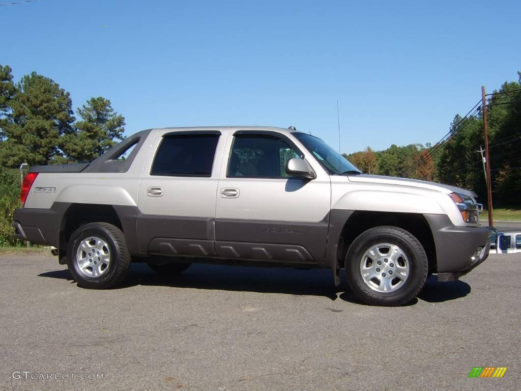 2004 silver birch metallic chevrolet avalanche 1500 z71 4x4 20004229 car color. Black Bedroom Furniture Sets. Home Design Ideas