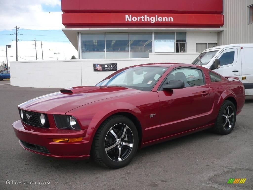 2007 Mustang GT Premium Coupe - Redfire Metallic / Dark Charcoal photo #1