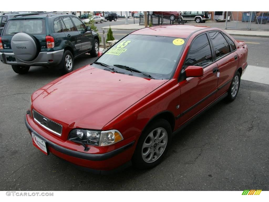 2000 red volvo s40 1 9t 20138853 car. Black Bedroom Furniture Sets. Home Design Ideas
