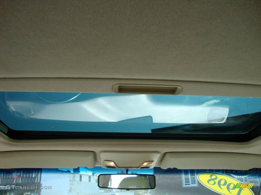 on 1998 Volvo S70 Green Interior