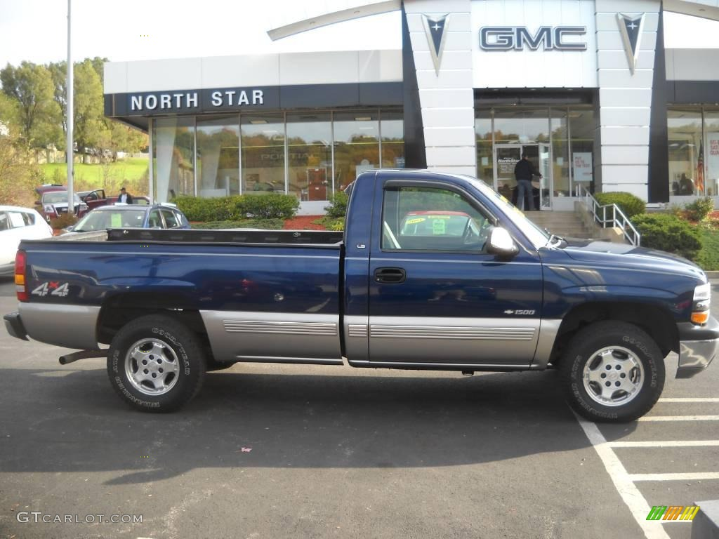 1999 Silverado 1500 LS Regular Cab 4x4 - Indigo Blue Metallic / Graphite photo #1