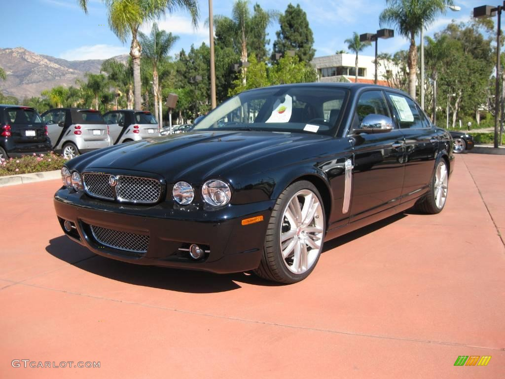 2009 Jaguar Super V8 photo - 2