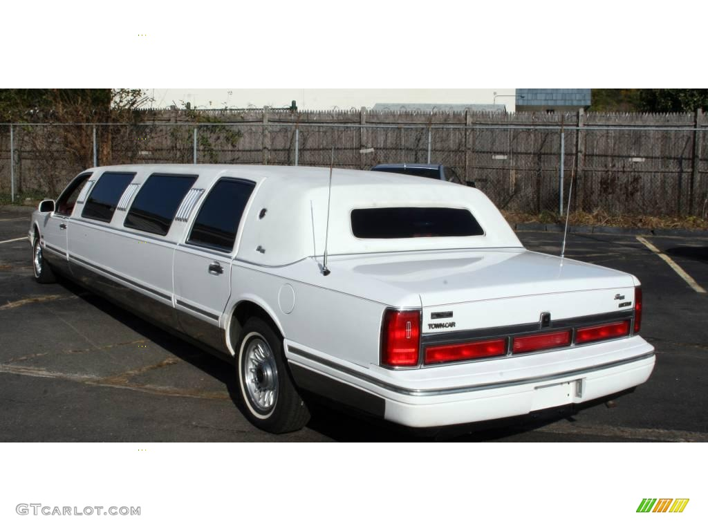 1997 performance white lincoln town car limousine 20125094 photo 7 car color. Black Bedroom Furniture Sets. Home Design Ideas