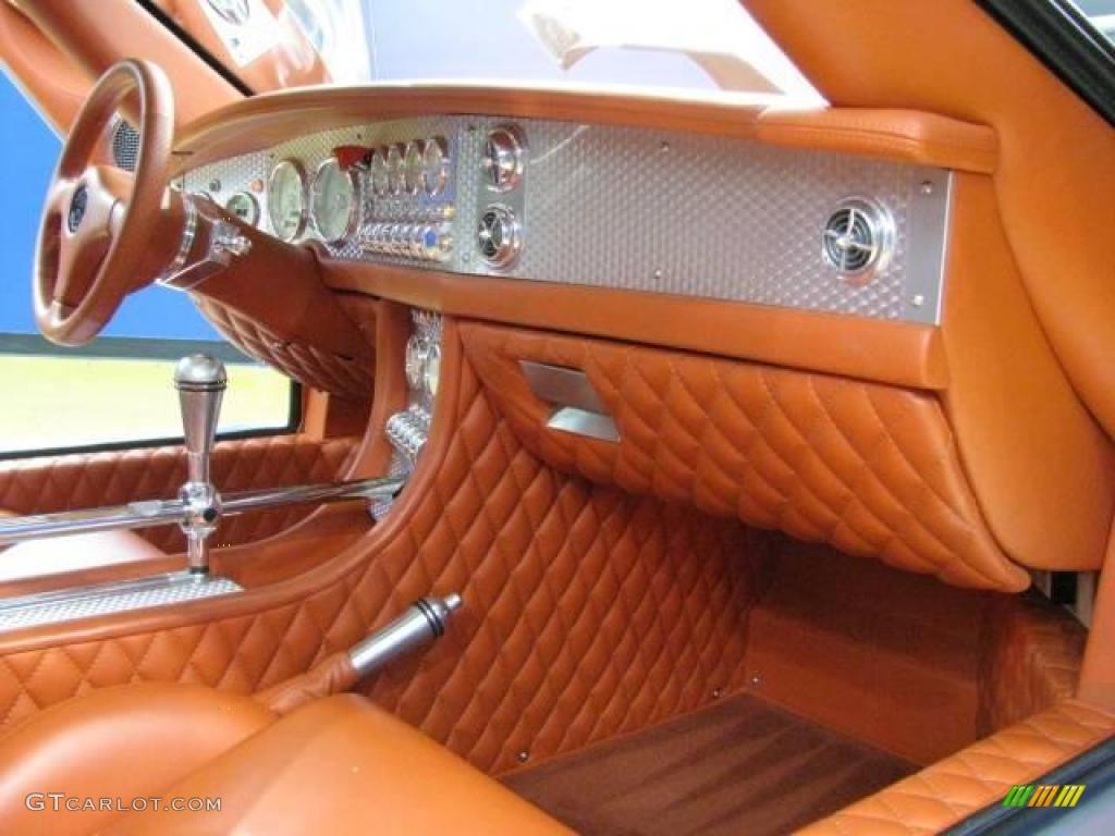 Tropicana Orange Leather Interior 2008 Spyker C8