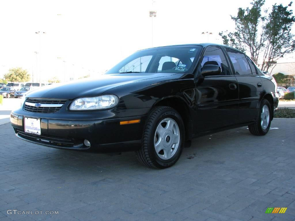 2001 black chevrolet malibu ls sedan 2023834 photo 3. Black Bedroom Furniture Sets. Home Design Ideas