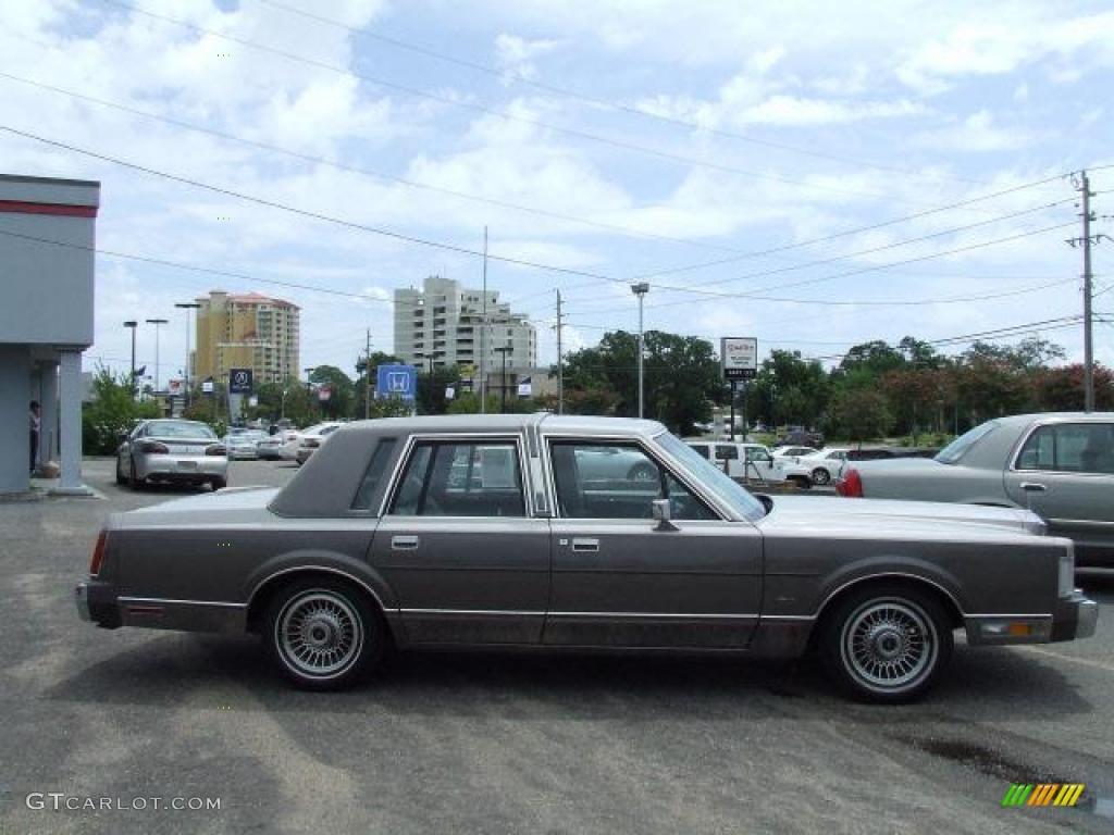 1988 light titanium pearl lincoln town car cartier 20358873 photo 3 car color. Black Bedroom Furniture Sets. Home Design Ideas