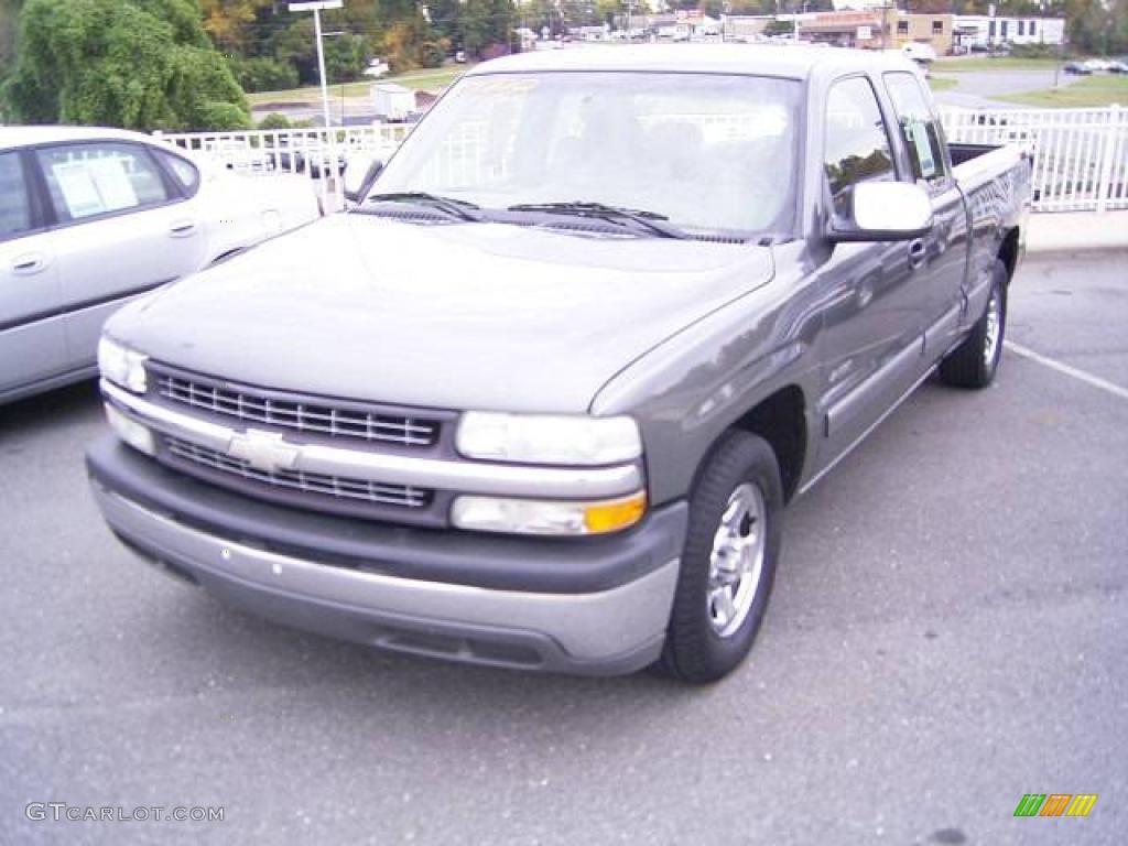 2002 Silverado 1500 LS Extended Cab - Medium Charcoal Gray Metallic / Graphite Gray photo #1