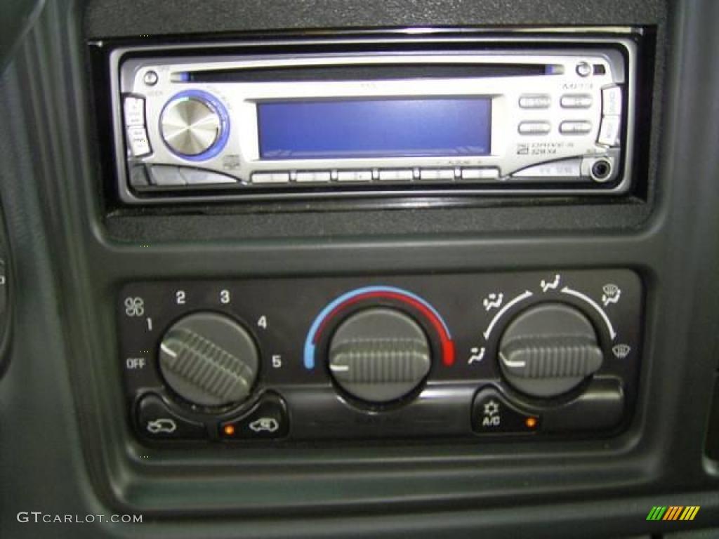 2002 Silverado 1500 LS Extended Cab - Medium Charcoal Gray Metallic / Graphite Gray photo #22