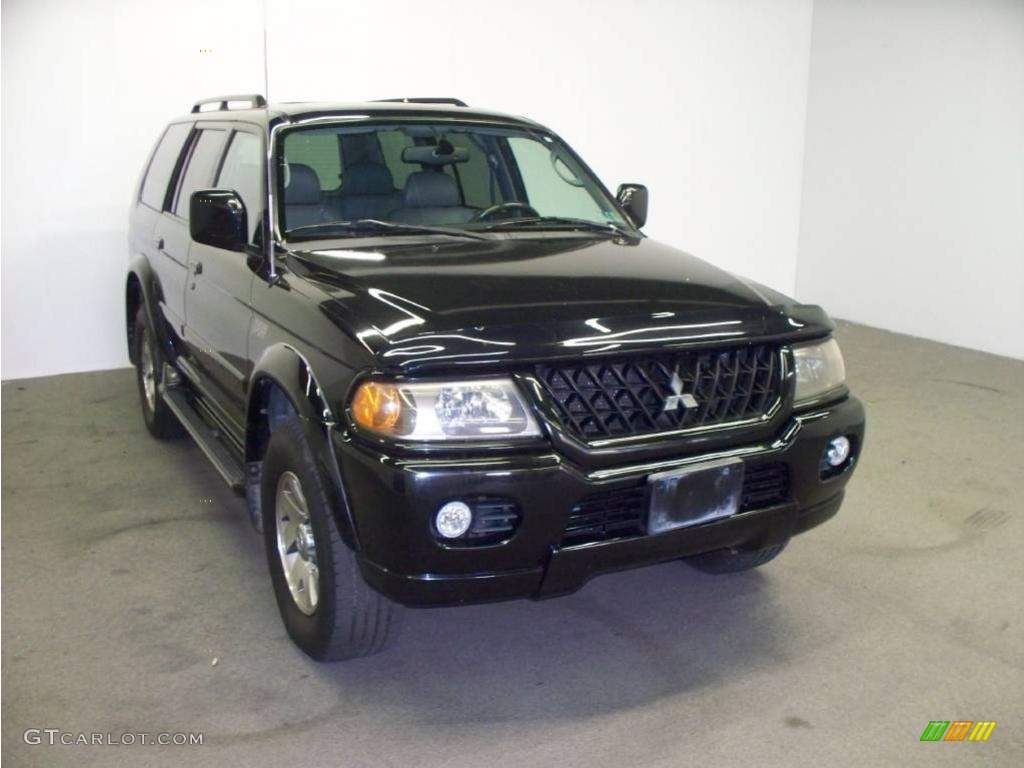 solano black pearl mitsubishi montero sport - Mitsubishi Montero Sport 2002 Black