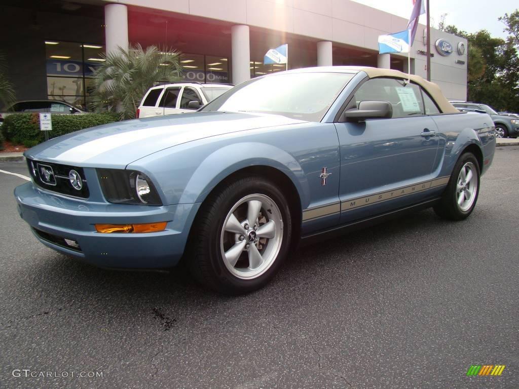 2007 windveil blue metallic ford mustang v6 premium. Black Bedroom Furniture Sets. Home Design Ideas