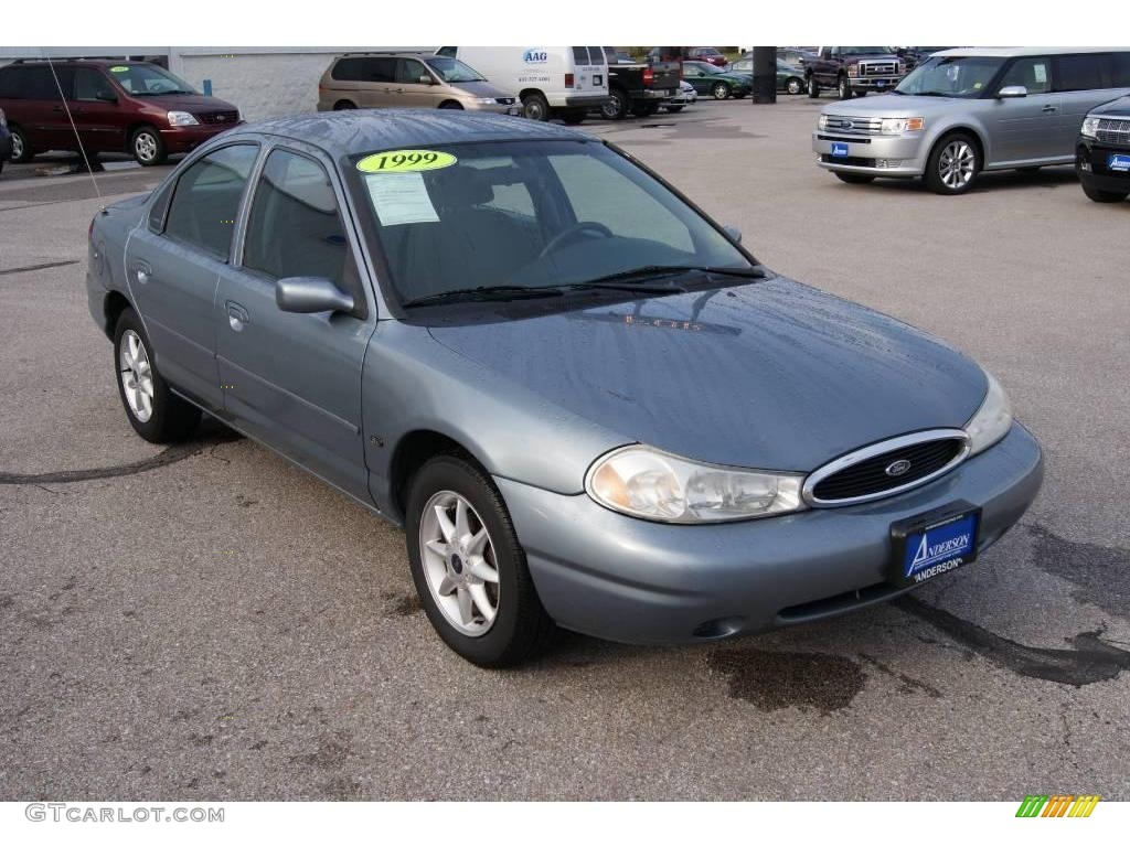 Medium steel blue metallic ford contour