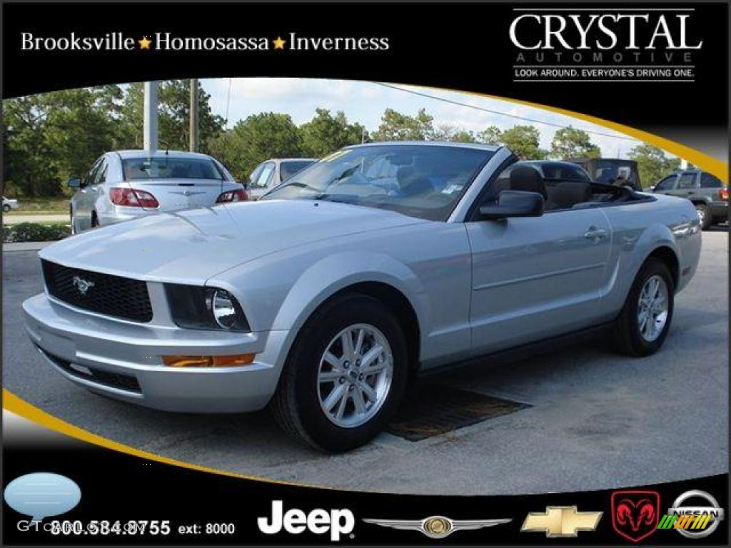 2007 Mustang V6 Deluxe Convertible - Satin Silver Metallic / Dark Charcoal photo #1