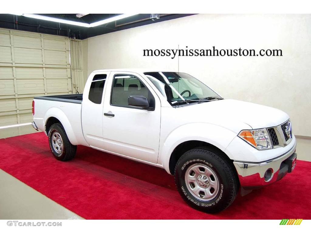 2008 avalanche white nissan frontier xe king cab 2086220. Black Bedroom Furniture Sets. Home Design Ideas
